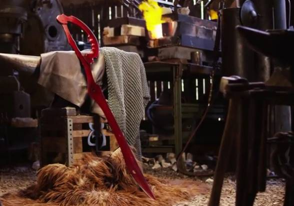 即便是動漫中的刀劍用 3D 列印真的太遜了,鐵匠團隊用一堆剪刀打出 KILL la KILL 中的片太刀剪