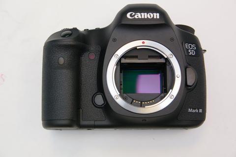 Canon 高畫素相機 EOS 5D S 、 EOS 5D S R 規格曝光