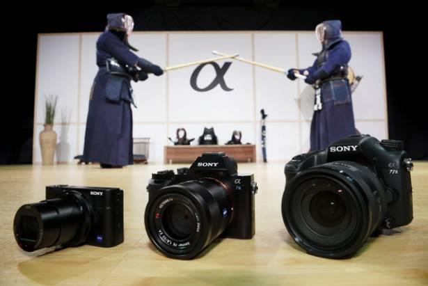 Sony衝擊大感光時代,推出α7S /α77Ⅱ/ RX100Ⅲ三款定位不同的高階數位相機