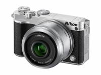 LCD 可上翻自拍的 Nikon 1 J5 採復古設計外觀登場