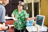 [面白日本] 東大五月祭特輯:醫病關係糟透了?「那不然這台刀你自己開!」醫學系校慶活動讓你動動手!