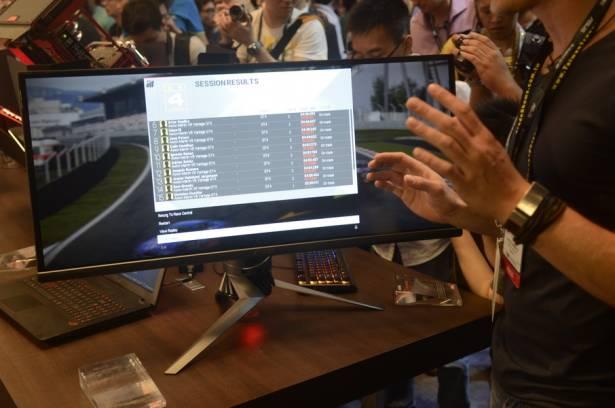 Computex 2015:ROG 34吋曲面G-SYNC顯示器,真酷炫