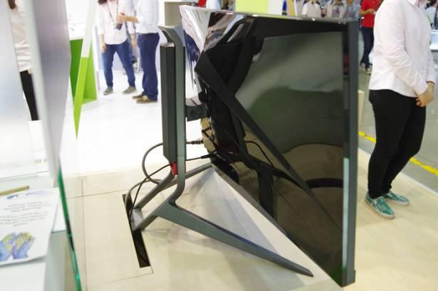 Computex 2015 : 看來曲面 21:9 螢幕是電競趨勢, Acer 展出 Predator X34 曲面 G-Sync 螢幕