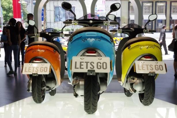 多了一萬元的 Gogoro Plus 除了七色可選,到底跟標準版差在哪?