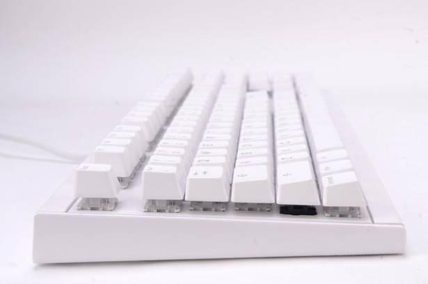 採用KBt松鼠軸的KBtalKing Next,是你選購鍵盤入門的好選擇!