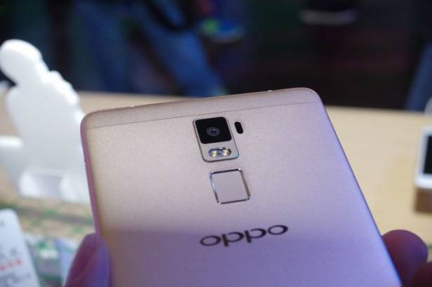 OPPO 金屬美型機 R7 在台推出,同步發表大螢幕 R7 Plus