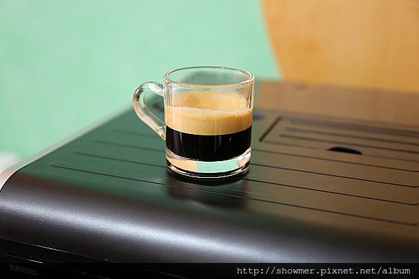 在家的咖啡廳~飛利浦 全自動義式咖啡機 Saeco Moltio HD8768