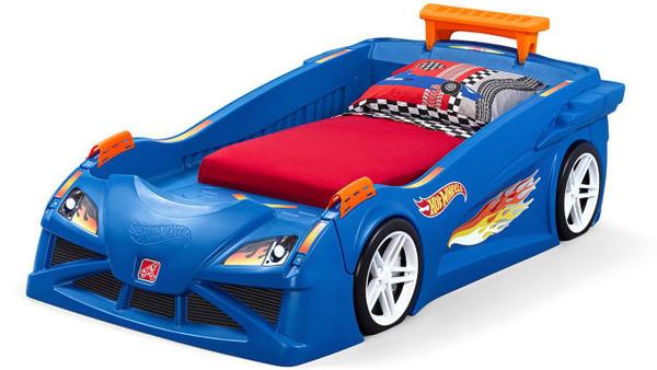 小男孩尖叫…有了這張床一定夜夜玩到不支倒地才要睡