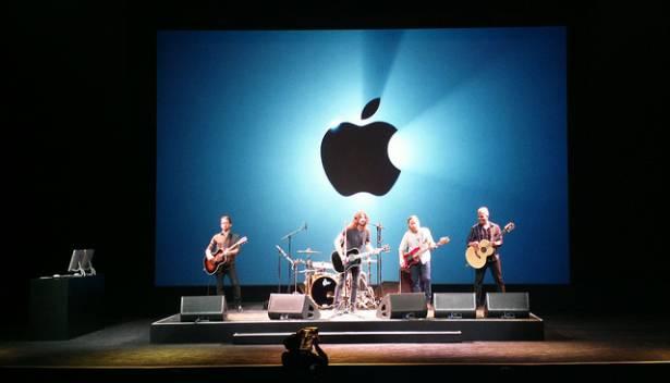 蘋果擁1466億美元在手,怎麼花都比「發放股息」更有趣!
