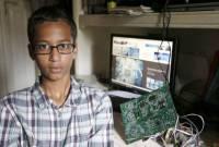 一名9年級Maker因他的時鐘專題被懷疑是炸彈遭逮捕