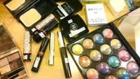 新宿新興的奇妙行業!提供香奈兒全套彩妝使用的女性向休息室