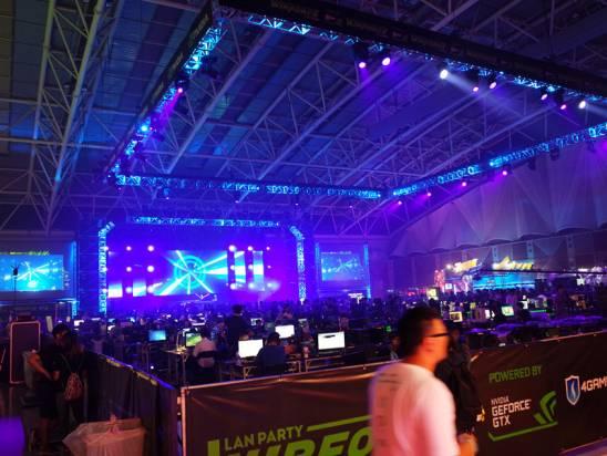 400 電玩鐵咖三天兩夜挑燈夜戰,亞洲最大 Lan Party WirForce 2015 開跑