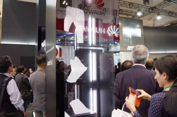 CEATEC Japan 2015 : Seven Dreamers 展示全自動洗衣加上摺衣服的 /laundroid 洗衣機器人
