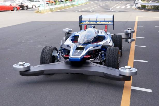 許多人的童年夢想成真!可跑到 180 公里的田宮 1:1 真實版 Aero Avante 上路