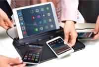 讓手機 平板排排站整齊放置的USB充電站