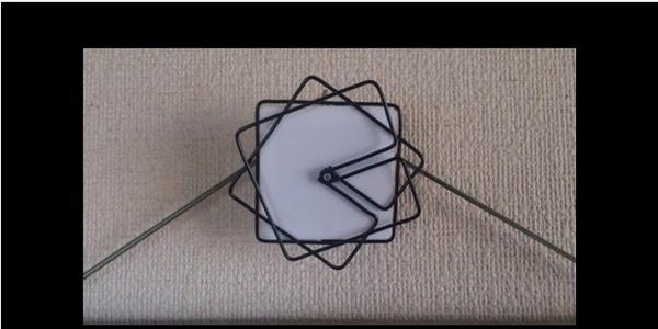 會隨著時間而變形的設計感時鐘,百元店材料也能DIY