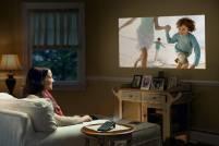 Sony 在台推出行動為型投影機 MP-CL1 ,猶如行動電源大小可投射最大 120 吋畫面