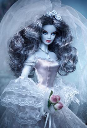 """芭比娃娃公司應景萬聖節,推出超美的 """"殭屍新娘"""" 娃娃"""