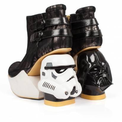 把原力踩在腳下!STAR WARS高跟鞋