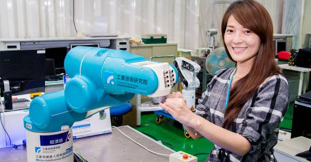 【解密科技寶藏】多重安全智慧防護 讓手眼力協調機器人絕不成為「殺人機器」!