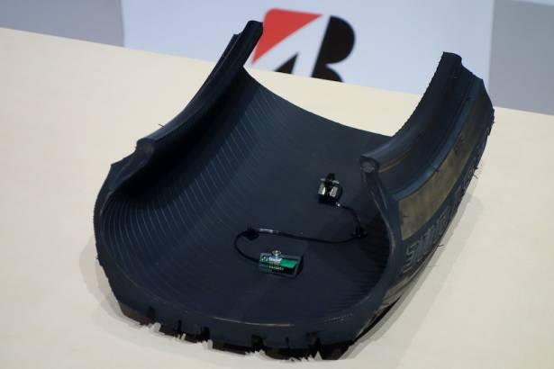 針對特殊路面情況,普利司通宣布可即時辨識路面狀況的 CAIS 技術輪胎將導入商業化