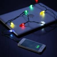 超級有聖誕節氣氛的聖誕燈飾充電線!