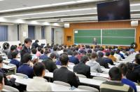 大學入學考試禁止攜帶使用鐘錶