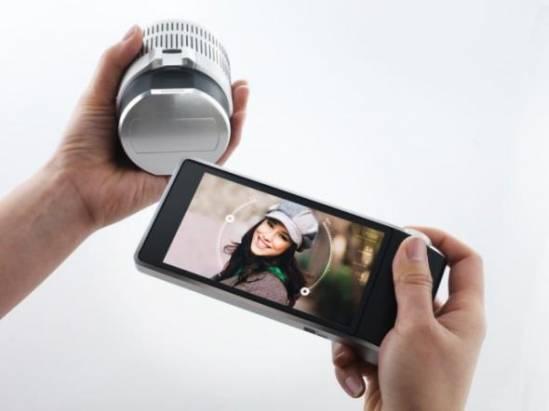 夠狠 用手機遙控鏡頭!Sony 將推出內置感光元件鏡頭