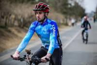 自行車神器:LIVALL 智慧單車安全帽-讓你夜間騎車更安全