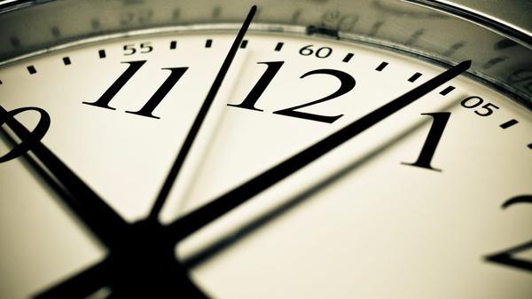 數據人生:每週花 23 小時在網路及簡訊上