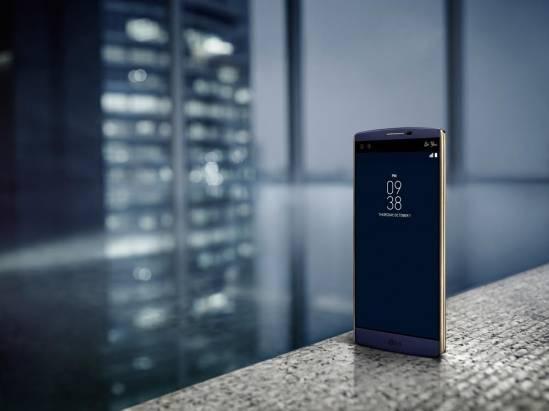 不再非黑即白, LG V10 湛海藍、雅緻米雙色登場