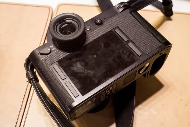 四十萬元一套的「微單眼」會有搞頭?實現萊卡粉的全片幅自動對焦夢,Leica SL 真的值得這價格嗎?