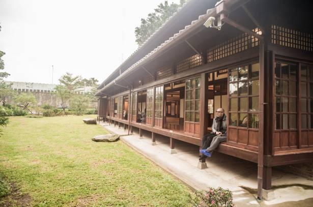 如果台灣現在還是日本統治 ... 那你就可以搭火車來紀州庵玩順便朝聖癮科技總部了!