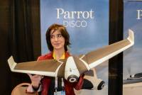 CES 2016:紙飛機造型無人機,Parrot DISCO 預計今年內上市