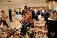 CES 2016:麻雀雖小五臟俱全,超迷你微型代步車 Xcooter