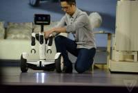 CES 2016:Segway 和 Intel 聯手出擊!推出 Hoverbutlerbot 機器人