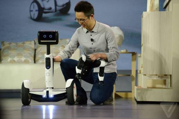 CES 2016:Segway 和 Intel 聯手出擊!推出 Hoverbutlerbot 機器人管家