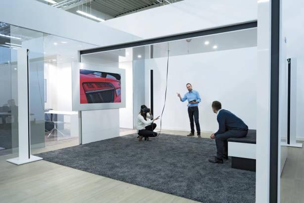 CES 2016 :瞎子摸象?不、這就是 HTC Vive 與 Audi 的虛擬賞車