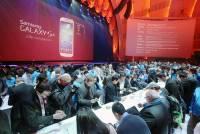 致華爾街分析師們:請別再拿手機銷量來看衰蘋果與三星!