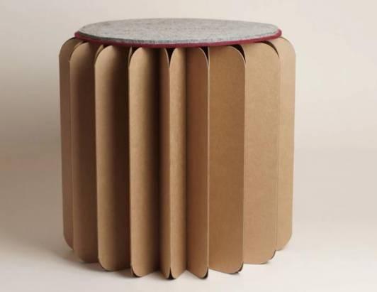 可以收著唬爛大家自已是文青的「好折凳」:BOOKNITURE