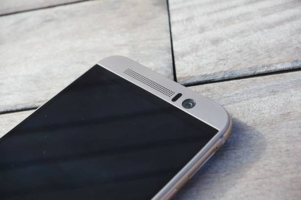 HTC 董俊良談 2016 布局,強化主流機種產品週期、旗艦機將更有故事性