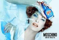 Moschino 推出清潔劑造型的頂級香水