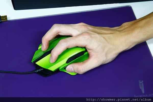 有錢就是任性~賤驢「007」雷射電競滑鼠~54 種組合全模組化自己配