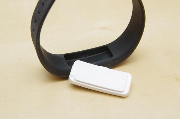 個人生活量化的最佳夥伴, Sony Smartband SWR10 與 LifeLog app  動手玩