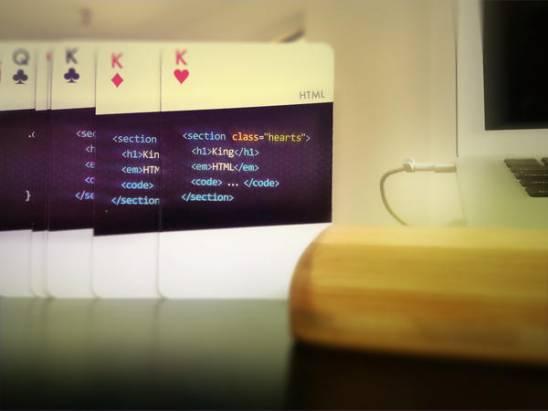code:deck,集合十數種程式語言於一身的...撲克牌組!