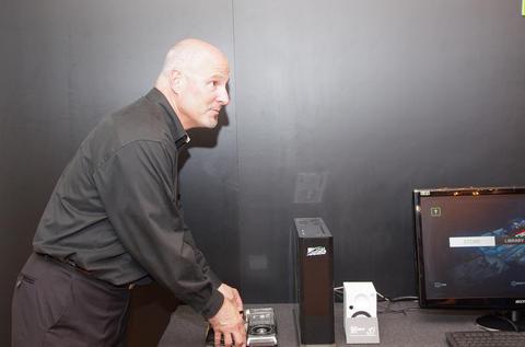 Computex 2013 :以 NVIDIA Shield 為中樞, NVIDIA 展示手持設備、雲端、虛擬化的娛樂體驗