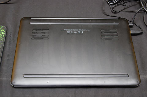 Computex 2013 :雷蛇展出優雅與效能兼具的美型利刃 Blade 電競系統