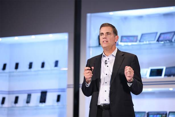 Intel執行副總裁:個人電腦既死又生,「二合一」裝置將再引爆PC商機
