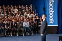上市滿週年,「轉大人」的馬克小子帶領Facebook凡事向「錢」看!