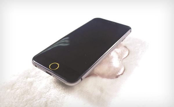 iPhone 6 最新流出: 第一次看到螢幕原來這樣彎曲